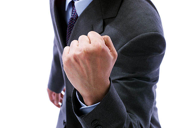 社労士試験に合格したら社労士会に登録しなければイケないのか?