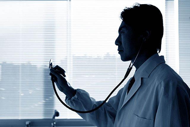 社会保険料負担を軽減する切り札!健康保険組合に加入する方法